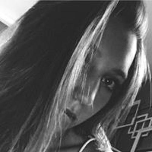 Kelly Snyder's avatar