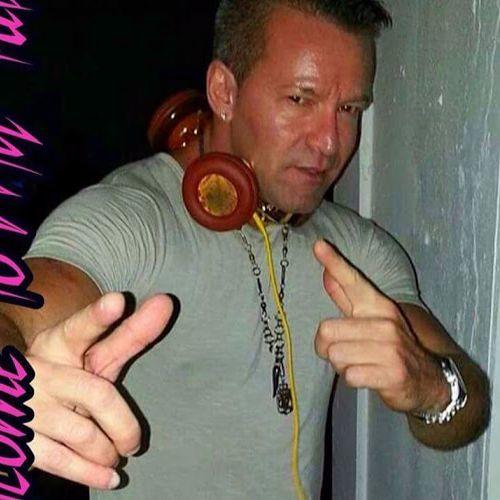 WE LOVE DJ JUST OLIVER`S MUSIC's avatar