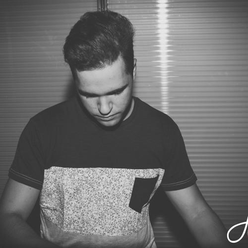 DJ Trazo's avatar