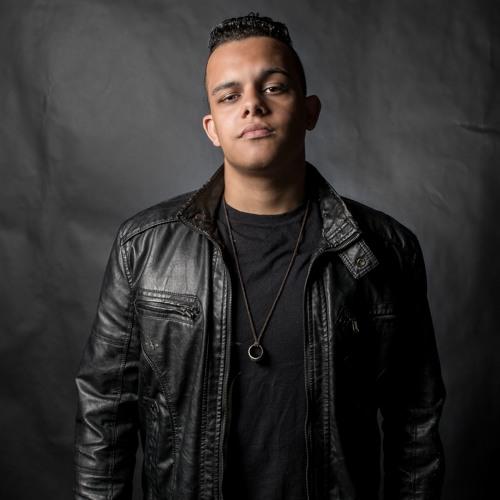Micael Fernando's avatar