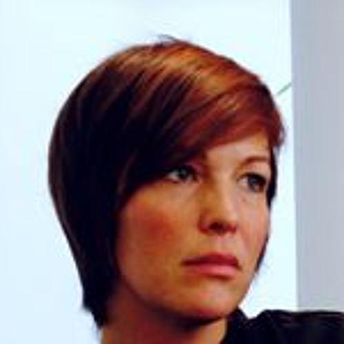 Eva Bauer's avatar