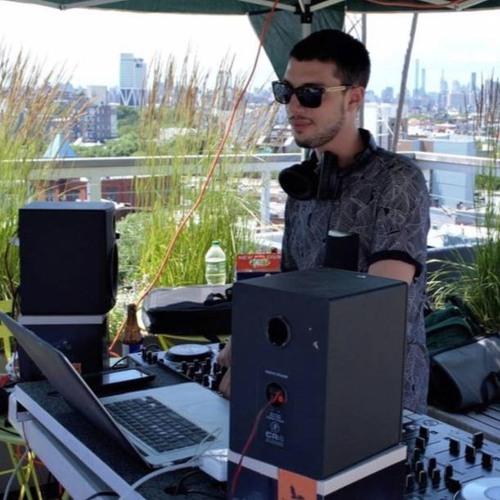 DJ Nick Lorenzi's avatar