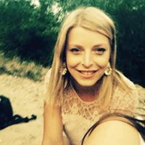 Celeste Ferro's avatar