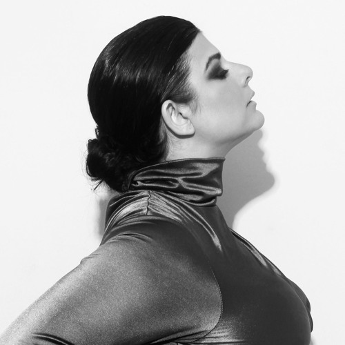 'Carmina' Suzanne Fatta's avatar