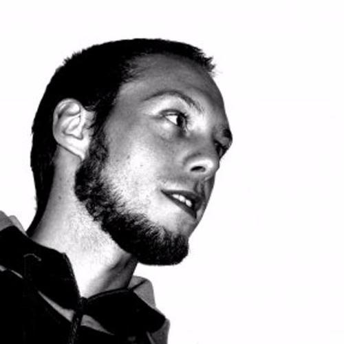 Andre Avilia's avatar