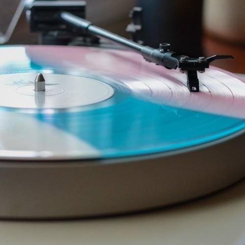 Vinyl Free Repost's avatar