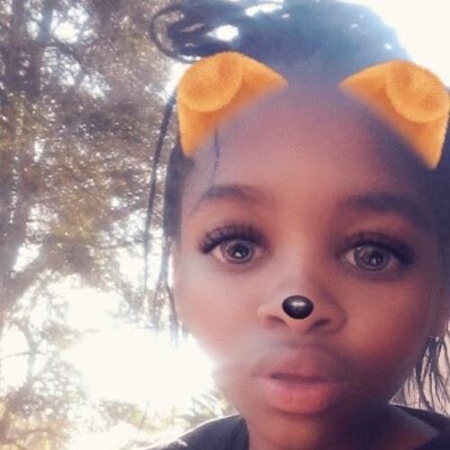Lulu M's avatar