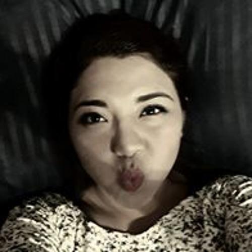 LiLiann ALarcon's avatar