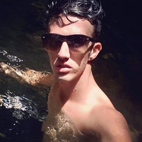 Jhonatan Giacometti's avatar