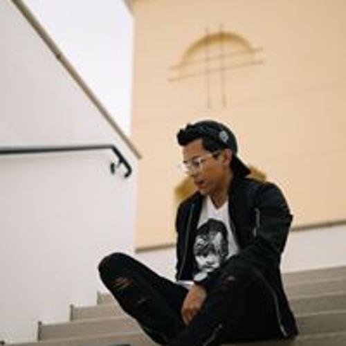 Edwin Centeno's avatar