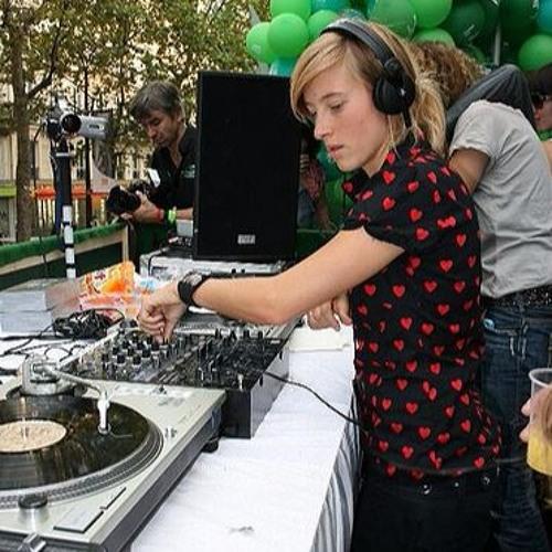 Christina aka KISSCONNEXION's avatar