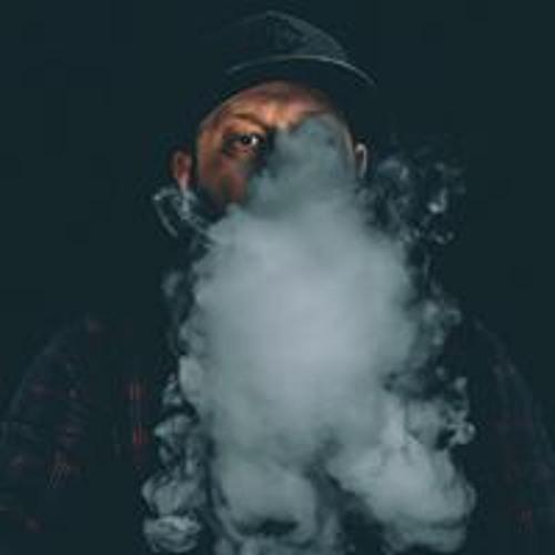 Neil Pesticcio's avatar