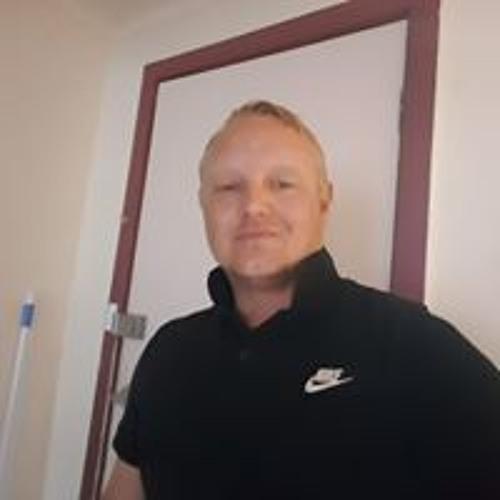 Michael Beecham's avatar