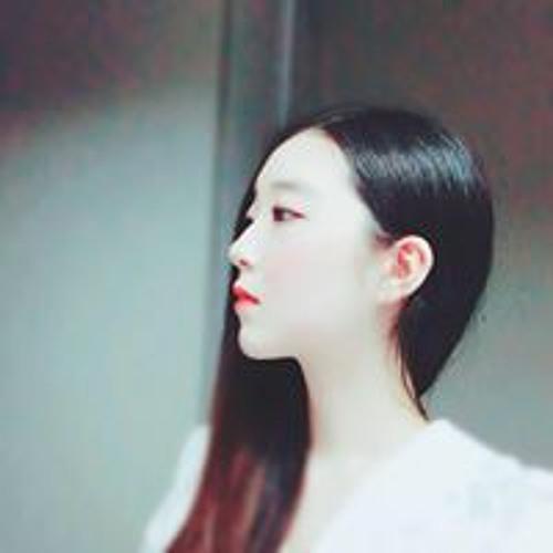 Ashley Hwang's avatar
