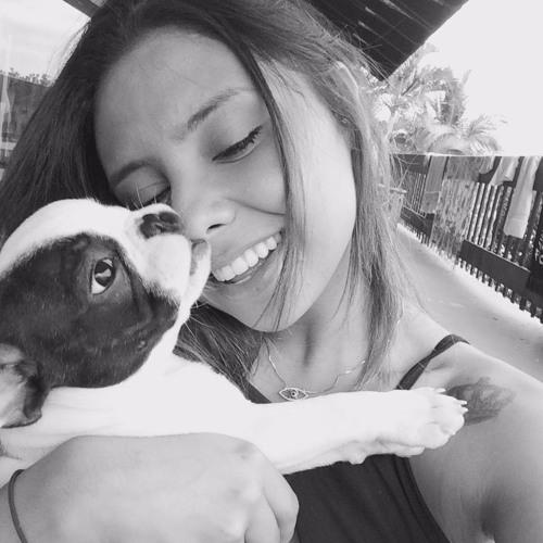 Melyssa Meneses's avatar