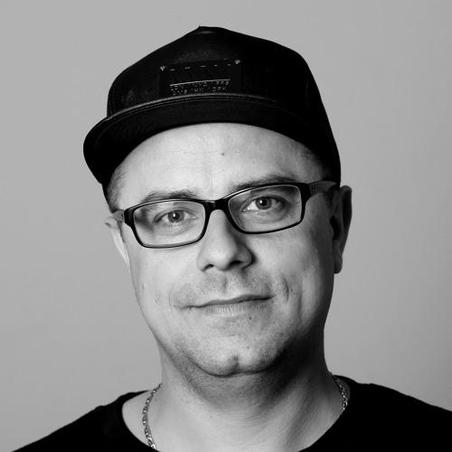 Teem [between_us]'s avatar