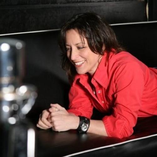 Dena Cucci's avatar