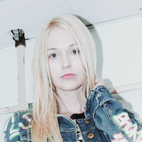 Nikki Paige's avatar