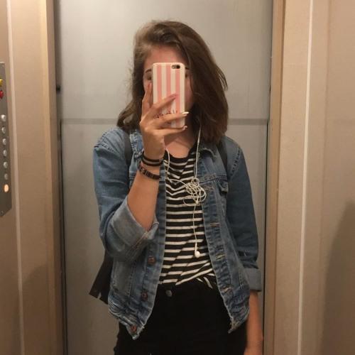 Nina Michałek's avatar