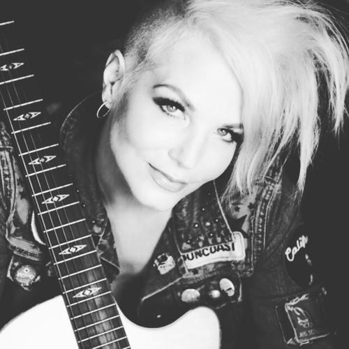 Suzanne Slair's avatar