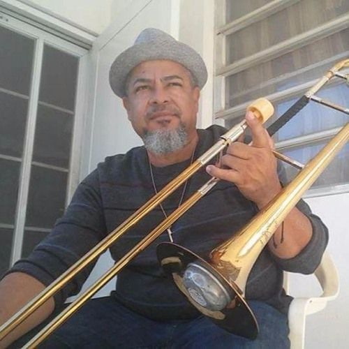 Guty Gutierrez's avatar