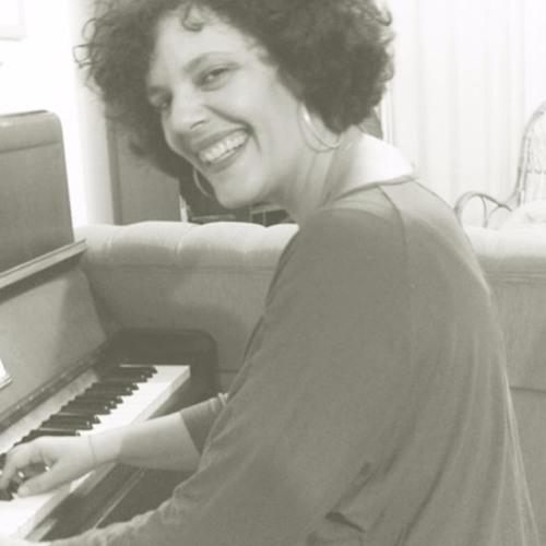 Nirma Regina Constantino's avatar