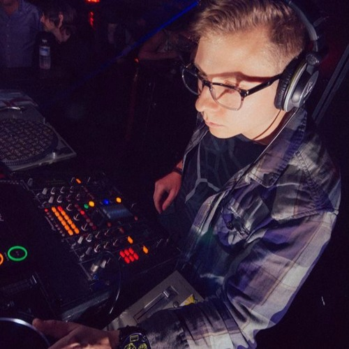 DJ Resistance's avatar