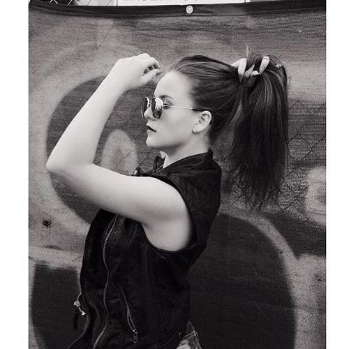 Lisa Cakes's avatar