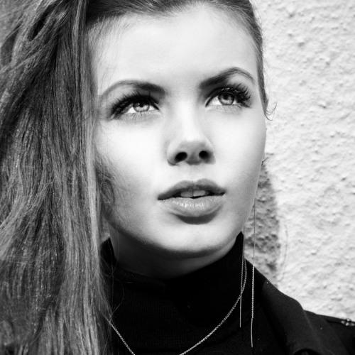 Line Berg's avatar