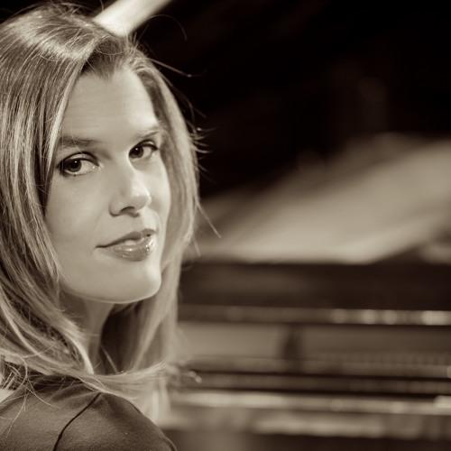 Sarah Bethany's avatar