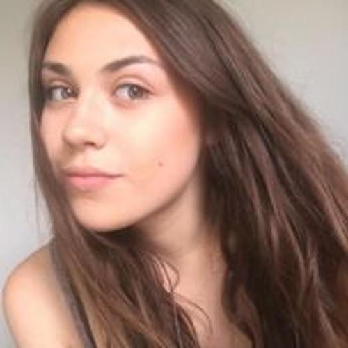 Lola Porto's avatar