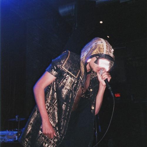 Izell Pyramid's avatar
