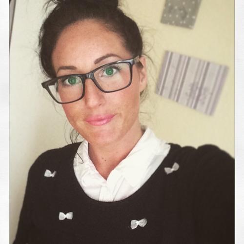 Frau Distortion's avatar