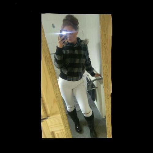 Kelsie Godfrey✌😘👑's avatar