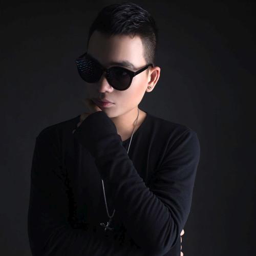DJ Chen's avatar