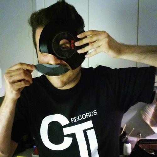 Morti Viventear's avatar