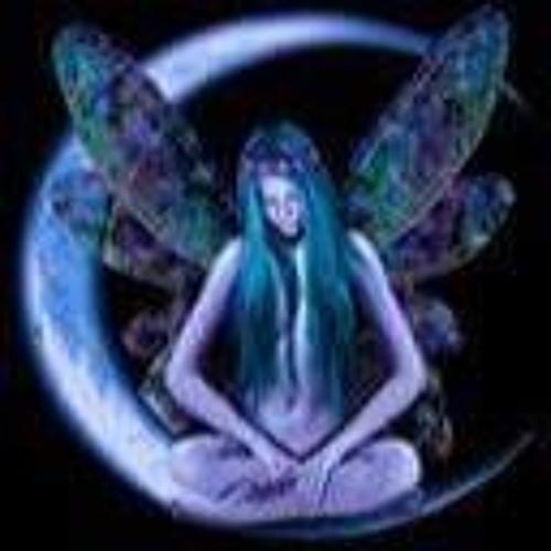 Iris Pazour's avatar