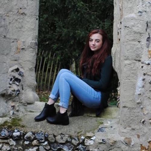 Beth Hedges's avatar