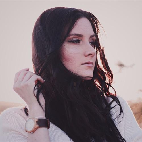 Mia Bate's avatar