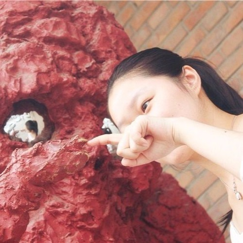 韩雪 · Xue Han's avatar