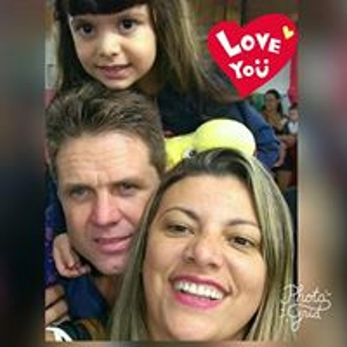 Luciana Nascimento's avatar