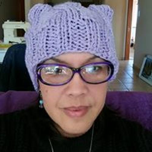 Lynnette Sing Joubert's avatar