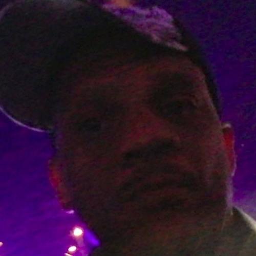 Charlie Jones's avatar