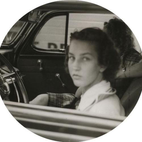 Julia Mono's avatar