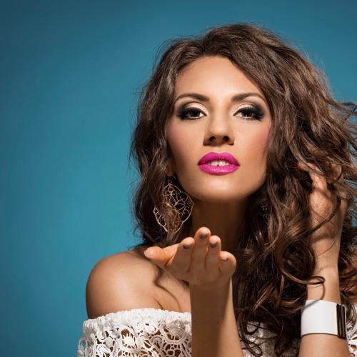 Dina Bach 1's avatar