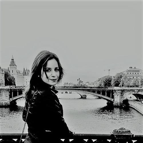 Fábia Félix's avatar