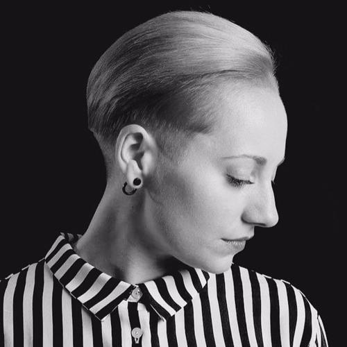 Mirella.'s avatar