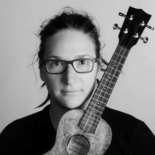 Elisabeth Pfeiffer - Ukulele's avatar