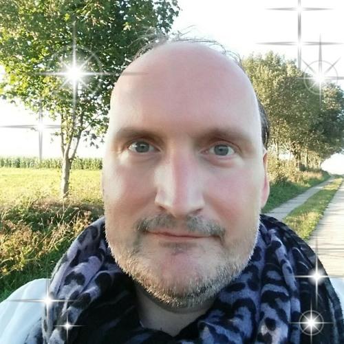 Matt van Holden / DJ Roxy's avatar