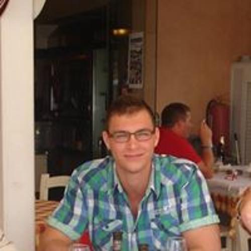 Dániel Urbán's avatar